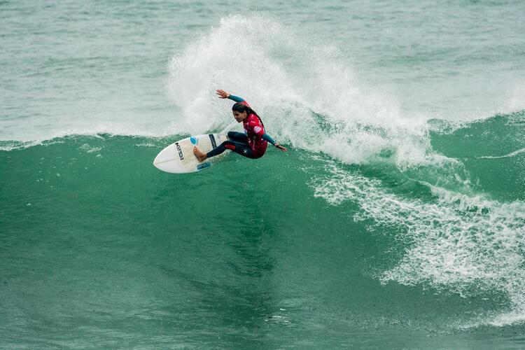 Surf - Carol Henrique vence Zarautz Pro - Diário de Notícias - Diário de Notícias - Lisboa