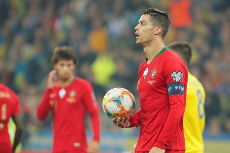 Cristiano Ronaldo já pensa no golo 701