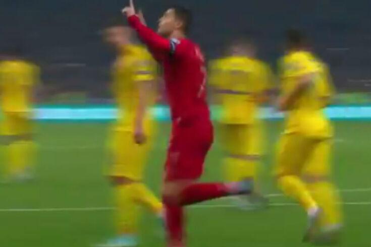 Este golo de Cristiano Ronaldo fica para a história: é o 700 da carreira