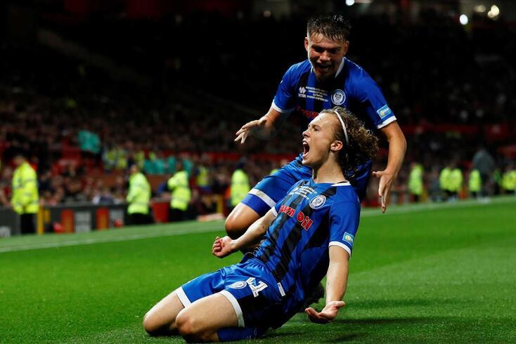 Luke Matheson festeja o golo marcado em Old Trafford