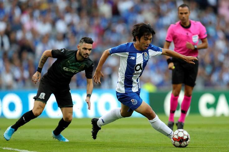 Nakajima estreou-se oficialmente pelo FC Porto