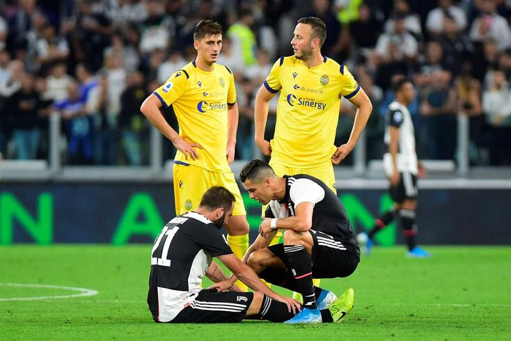 Higuaín e Ronaldo são colegas na Juventus