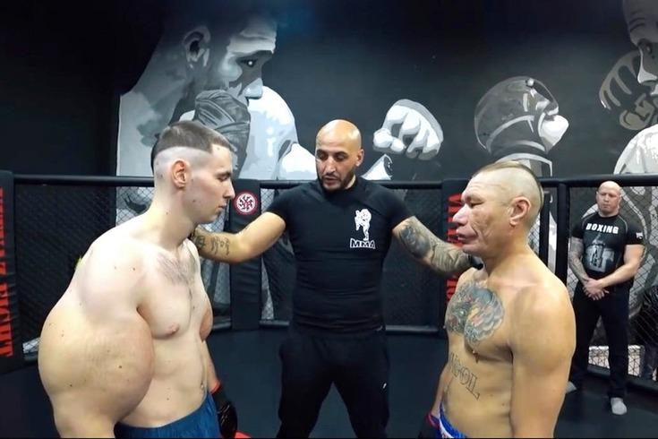 Kirill Tereshin, à esquerda na fotografia