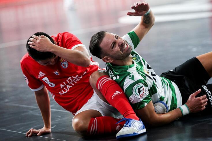 Sporting perdeu na Luz e voltou a tropeçar