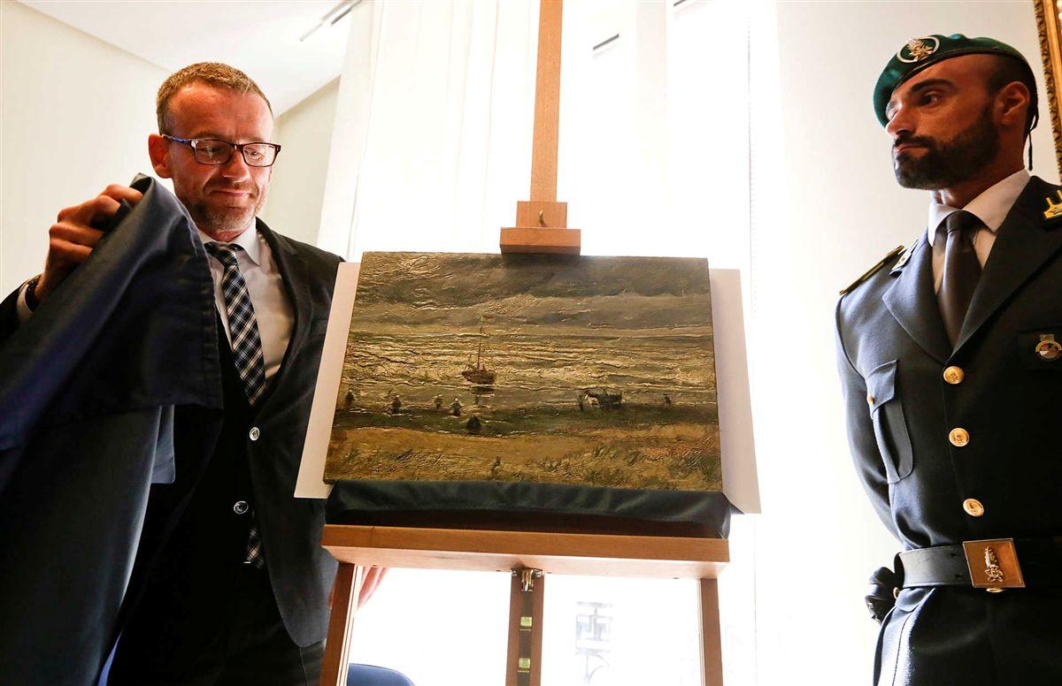 Polícia encontra dois quadros de Van Gogh nas mãos da máfia