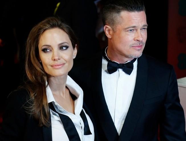 Angelina Jolie e Brad Pitt vendem mansão onde se casaram