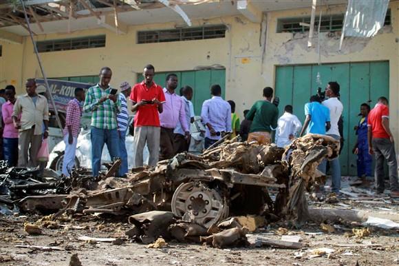 Atentado do Al-Shabaab deixa dezenas de mortos na Somália