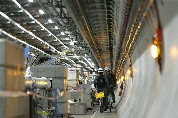 Fuinha paralisa acelerador de partículas de 27 km de extensão na Suíça