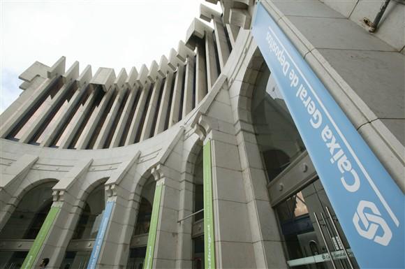 Banco de investimento da CGD alvo de buscas. BESI tambm