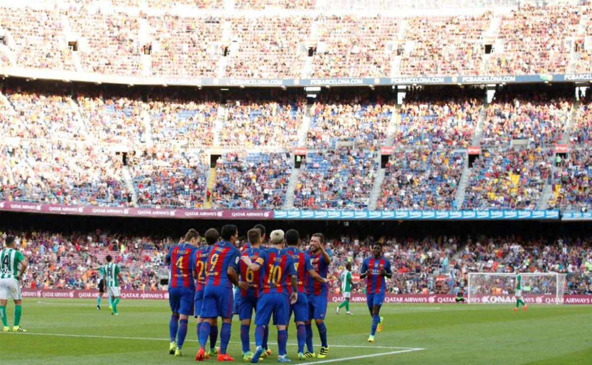 Com Messi e Suárez, Barcelona estreia no Campeonato Espanhol com goleada