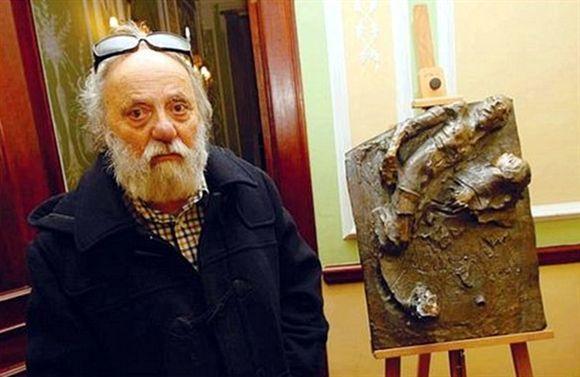 Morreu o escultor José Rodrigues