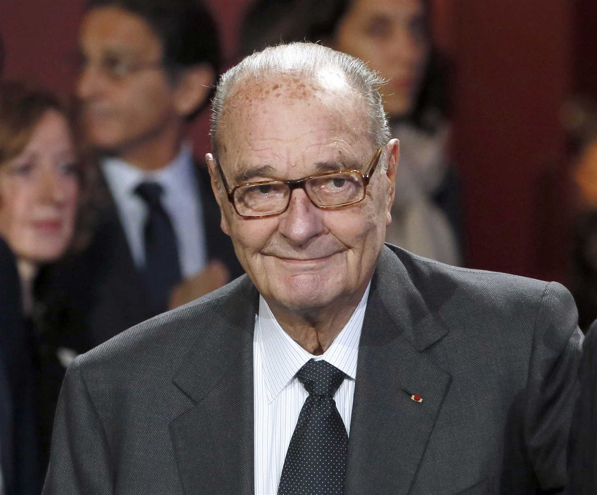 Ex-presidente da França Jacques Chirac é internado