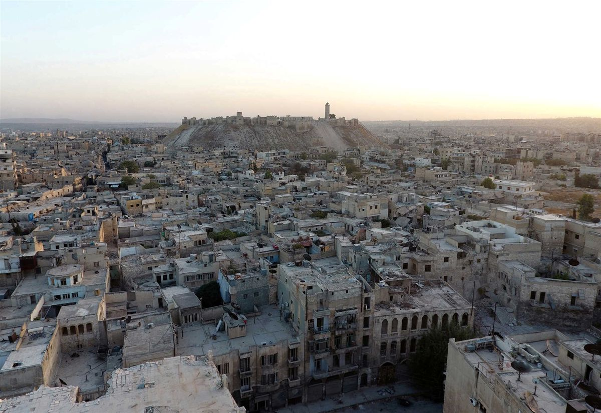 Rússia anuncia pausa humanitária na cidade de Aleppo / Síria