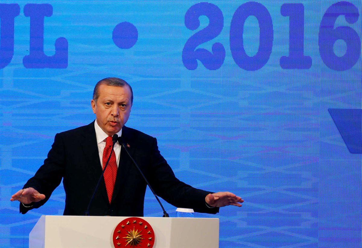 Parlamento Europeu pede congelamento das negociações de adesão da Turquia