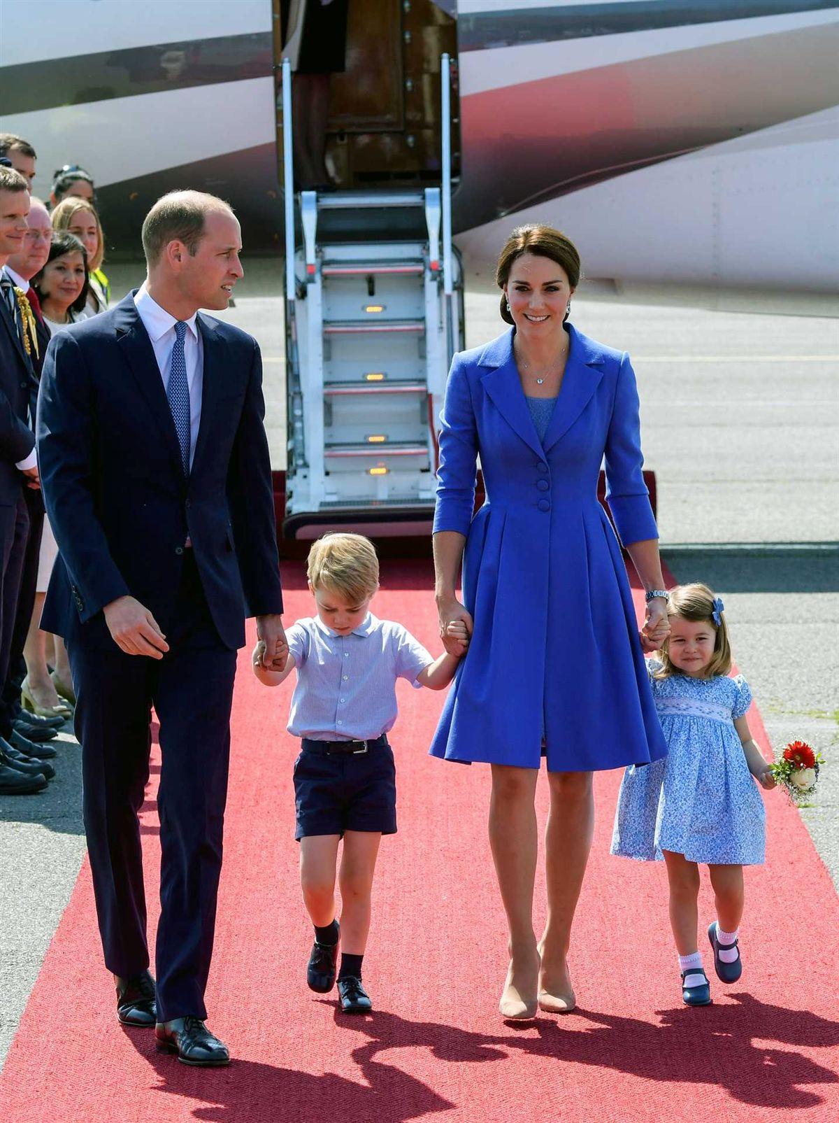 Resultado de imagem para Mais um bebé real a caminho. William e Kate esperam terceiro filho