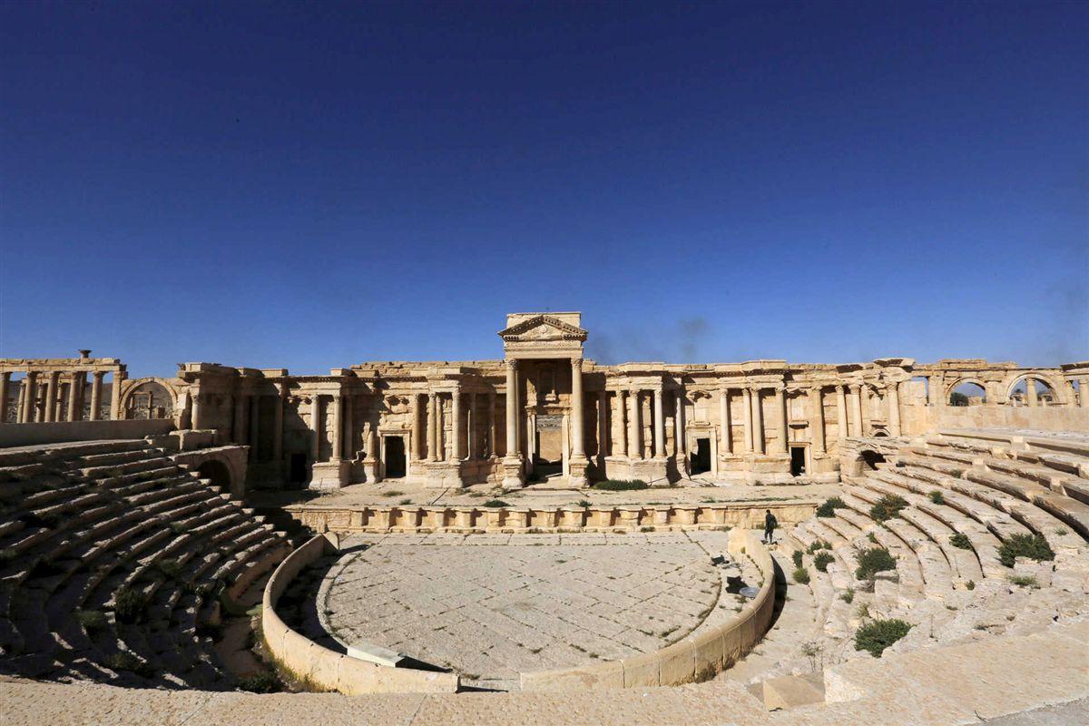 Estado Islâmico destruiu dois monumentos na cidade histórica de Palmira