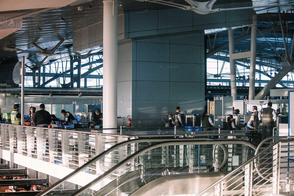 Aeroporto Viseu : Aviação avião aterra de emergência no porto