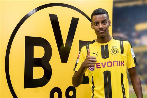 Borussia Dortmund dá 'chapéu' no Real Madrid, e assina com 'Novo Ibrahimovic'