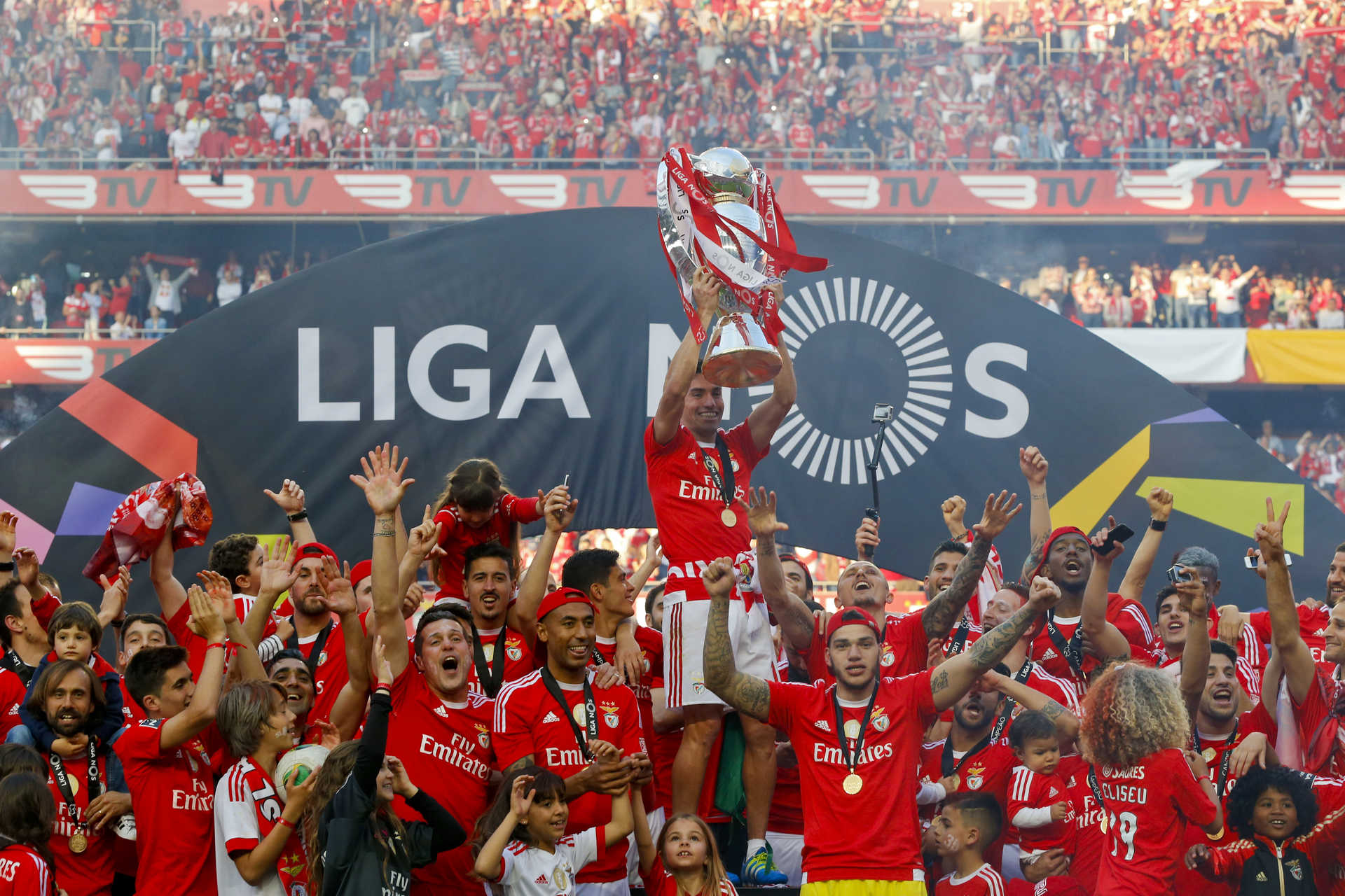 Nacional Benfica: Benfica é Tricampeão Nacional