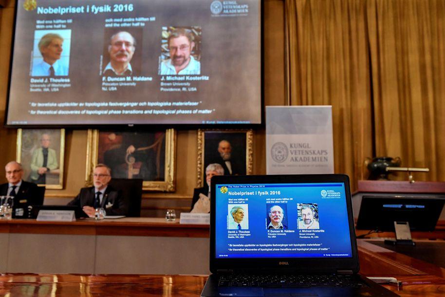 Trio de cientistas é premiado com o Nobel de Química de 2016