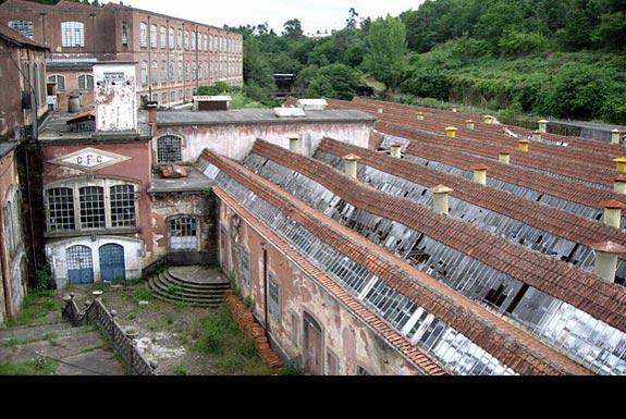 15 edificios abandonados em portugal ii em imagens - Fabrica muebles portugal ...