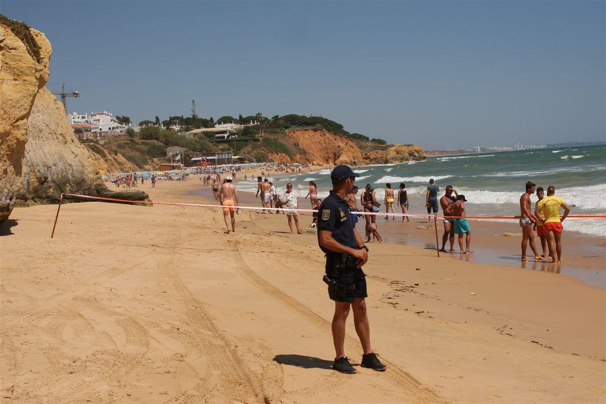 Algarve. Não foram encontradas vítimas na praia Maria Luísa