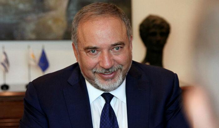 ANTES DE CONFERÊNCIA, MINISTRO ISRAELITA APELA AOS JUDEUS DE FRANÇA PARA DEIXAREM O PAÍS