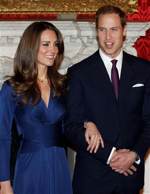 Príncipe William dá anel de Diana à noiva