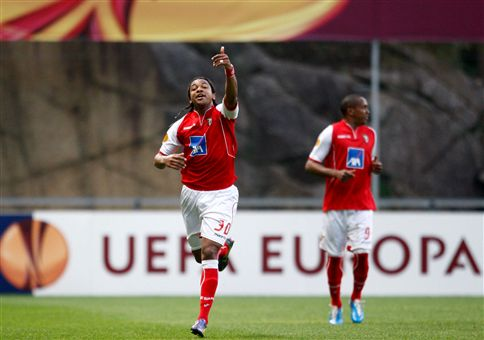 Braga vence Liverpool