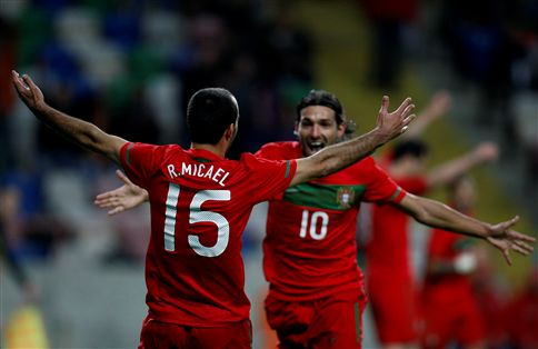 Rúben Micael brilhou na vitória de Portugal sobre a Finlândia (2-0)