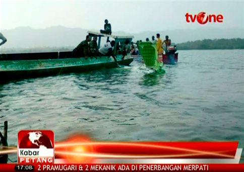 [Internacional] Queda de avião mata 27 pessoas na Indonésia  Ng1521841