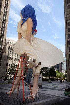 Estátua de Marilyn Monroe nas ruas de Chicago