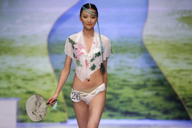 As tendências de lingerie na China Fashion Week