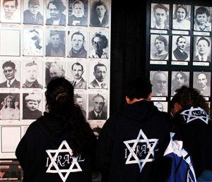 Descoberta vala comum com vítimas do nazismo