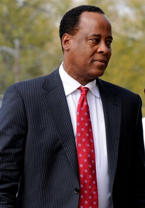 Procuradores voltam a pedir adiamento do julgamento do médico de Jackson