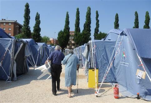 Sismo em Itália deixou mais de oito mil pessoas sem casa