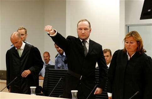 Breivik não ficou surpreendido com o veredicto de 21 anos de cadeia
