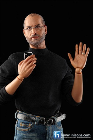 Boneco de Steve Jobs irrita Apple