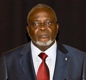 Avião com o corpo do presidente guineense já está a caminho de Bissau
