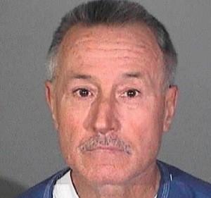 Professor detido por abuso sexual de 23 alunos
