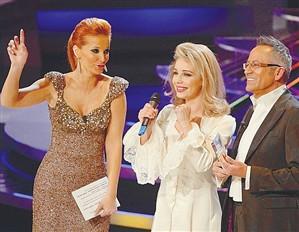 """Luciana Abreu: """"Yannick encheu-me de sms"""""""