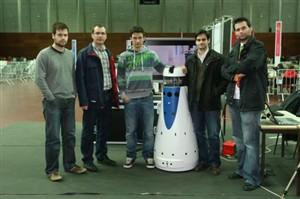 Robô vigilante deteta intrusos e incêndios