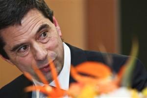 """Vítor Gaspar insiste na """"disponibilidade total"""" para consenso com o PS"""
