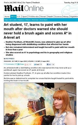 Doença debilitante levou estudante de arte a pintar com a boca