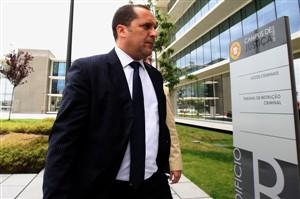 Pereira Cristóvão acusado de sete crimes pelo Ministério Público no caso Cardinal