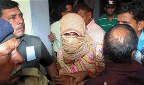 Morreu menina de quatro anos violada na Índia