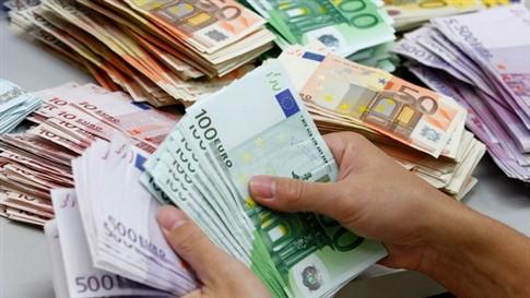 """Empresas públicas perdem mais de 180 milhões em três meses com """"swaps"""""""