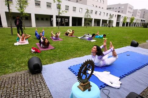 Yoga melhora desempenho do cérebro