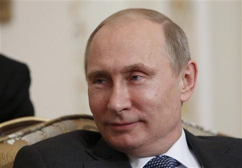 Artigo de Putin suscita indignação entre classe política dos EUA