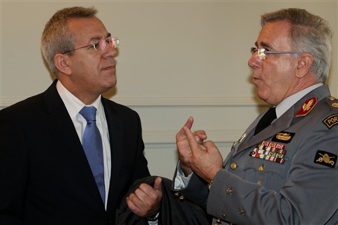 Comandante da GNR afasta dirigente que se queixou dele